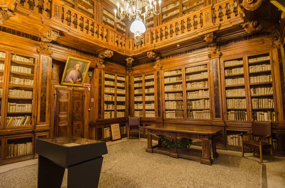 biblioteca guarneriana, san daniele del friuli, venezia giulia