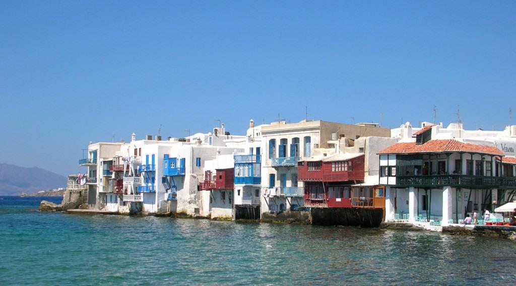 Little Venice, il caratteristico quartiere del centro di Mykonos