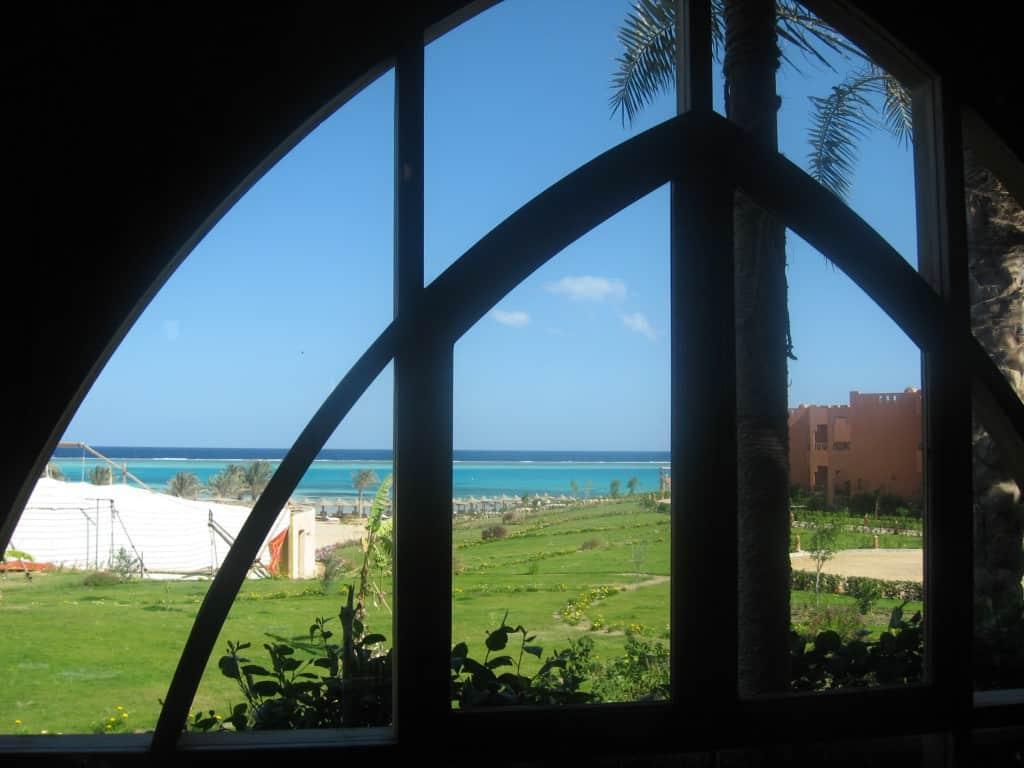 Seduti a far colazione al Floriana Blue Lagoon