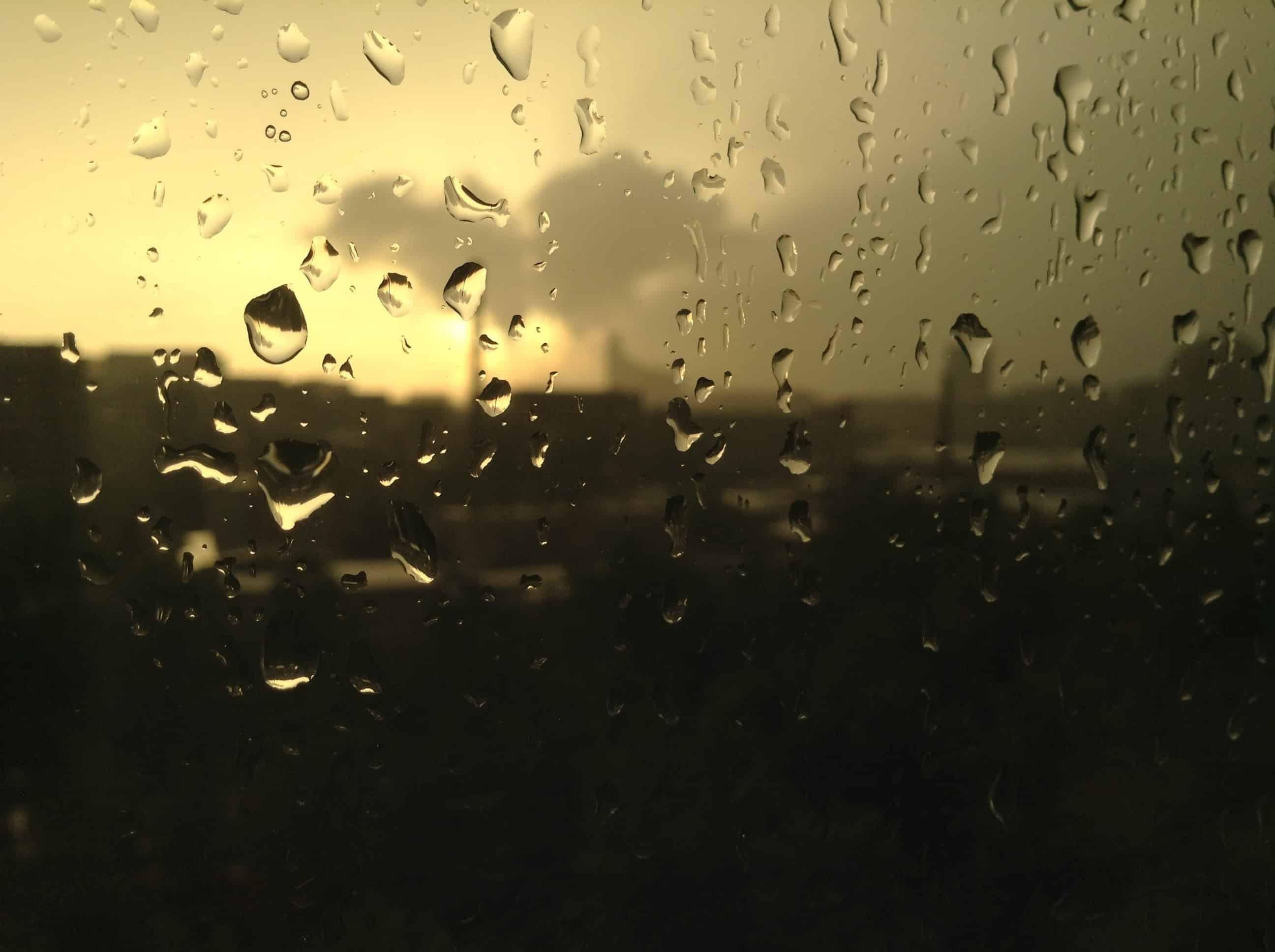 pioggia, luce, lacrime, tristezza