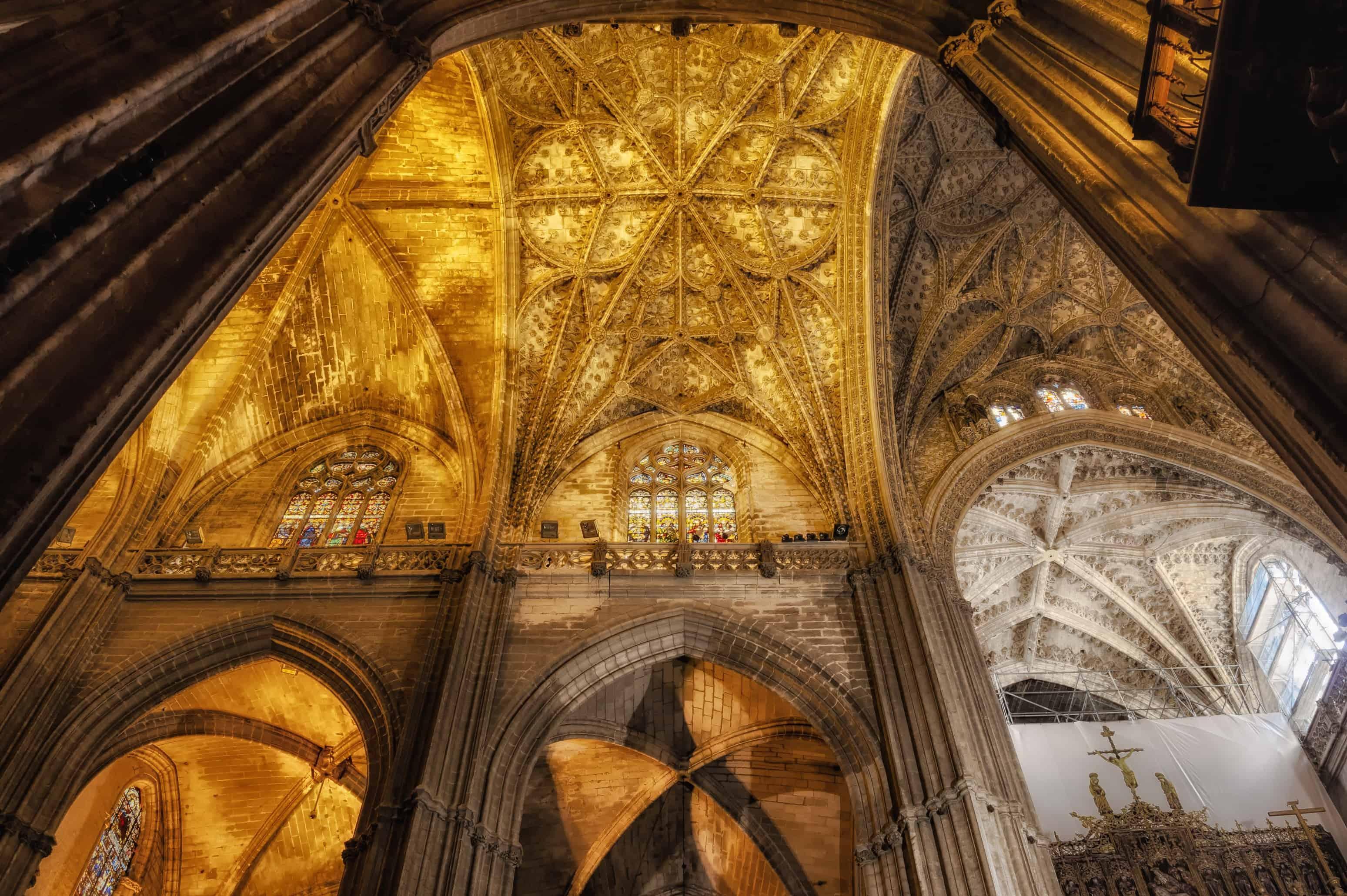 interno cattedrale siviglia